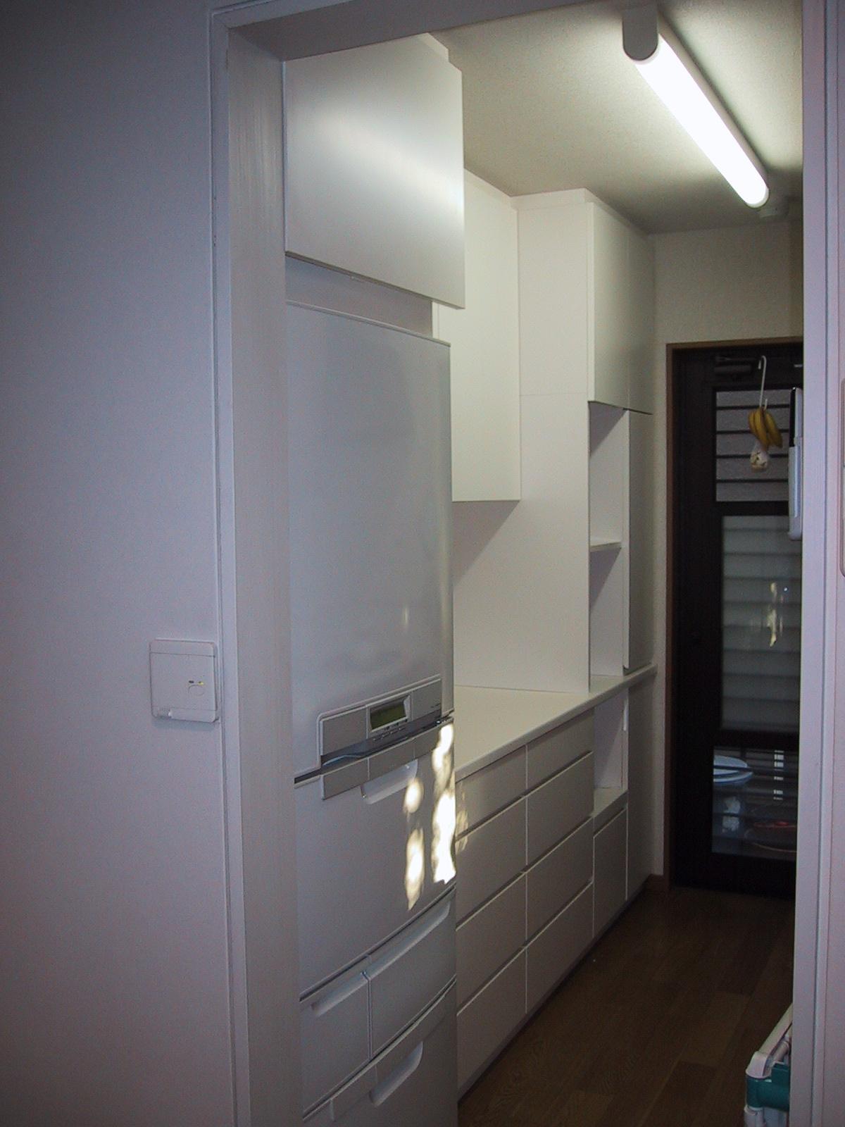 食器棚を考える。〜その2