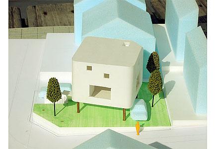 風の高床式 Cube