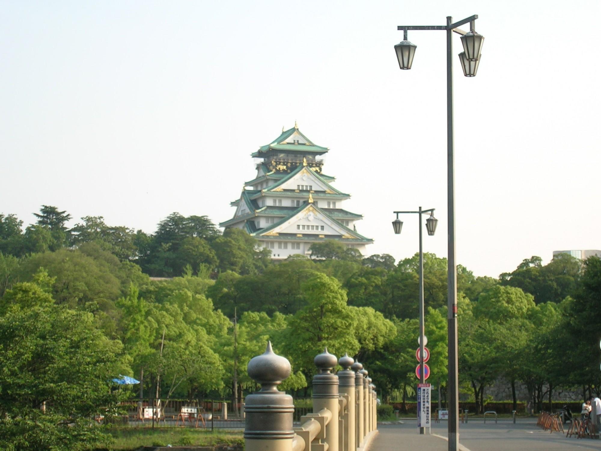 歴史を感じる大阪城!現代も資本主義という下克上?