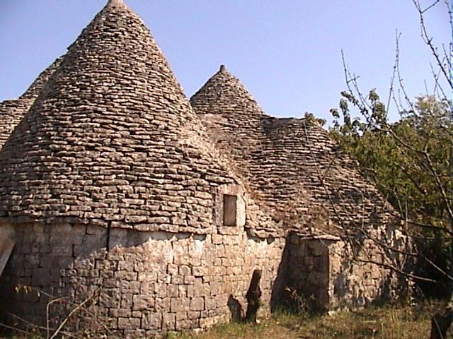 南イタリア 農家型民家トゥルッリの別荘計画
