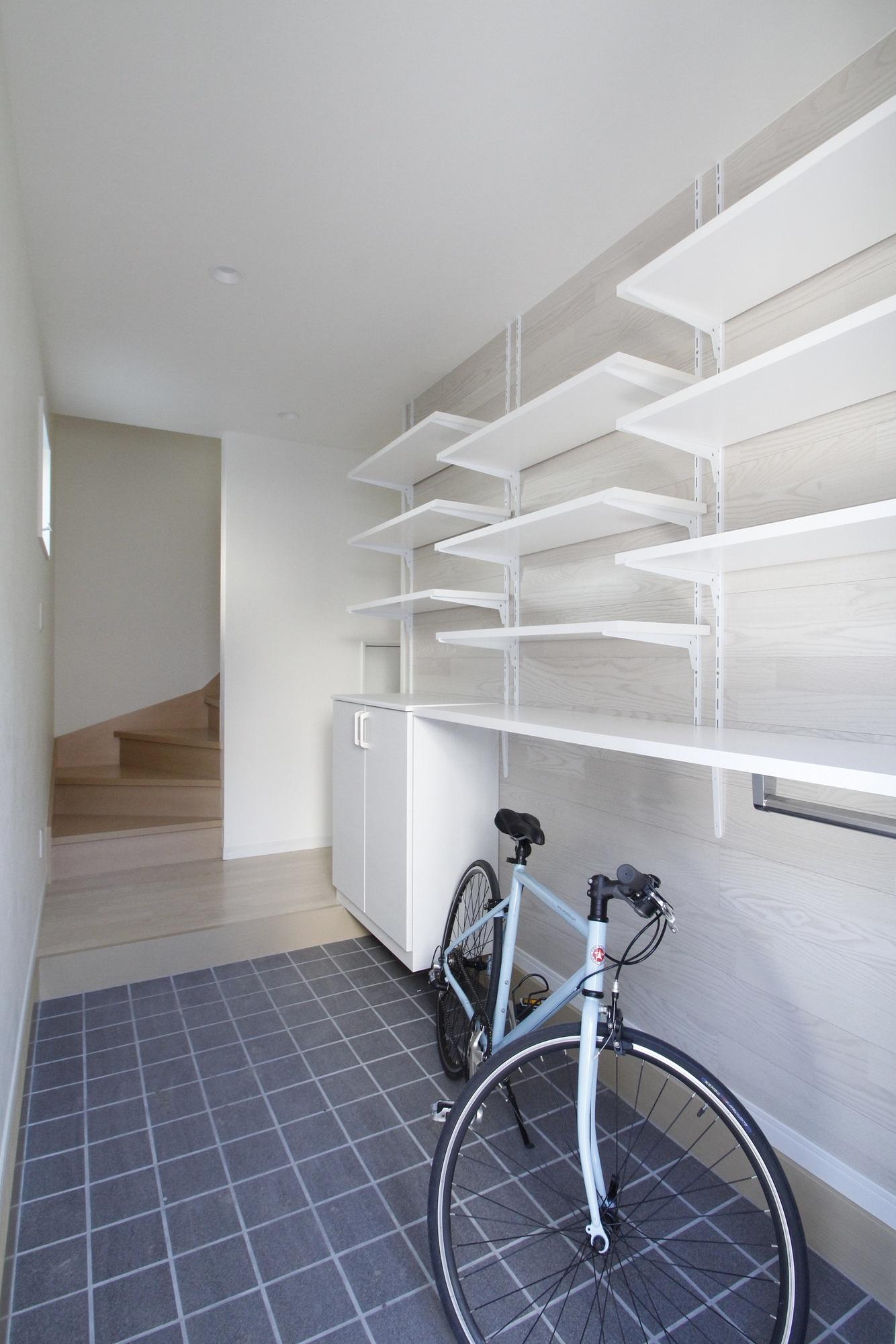 小さなテラスハウス 自転車