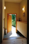 「阿佐ヶ谷の家」玄関ホール