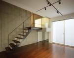 地下スタジオの階段 / aob