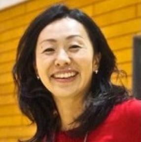 石野 恵子