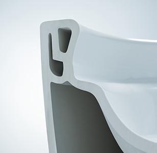TOTOの最新タンクレストイレ フチなしで掃除しやすい