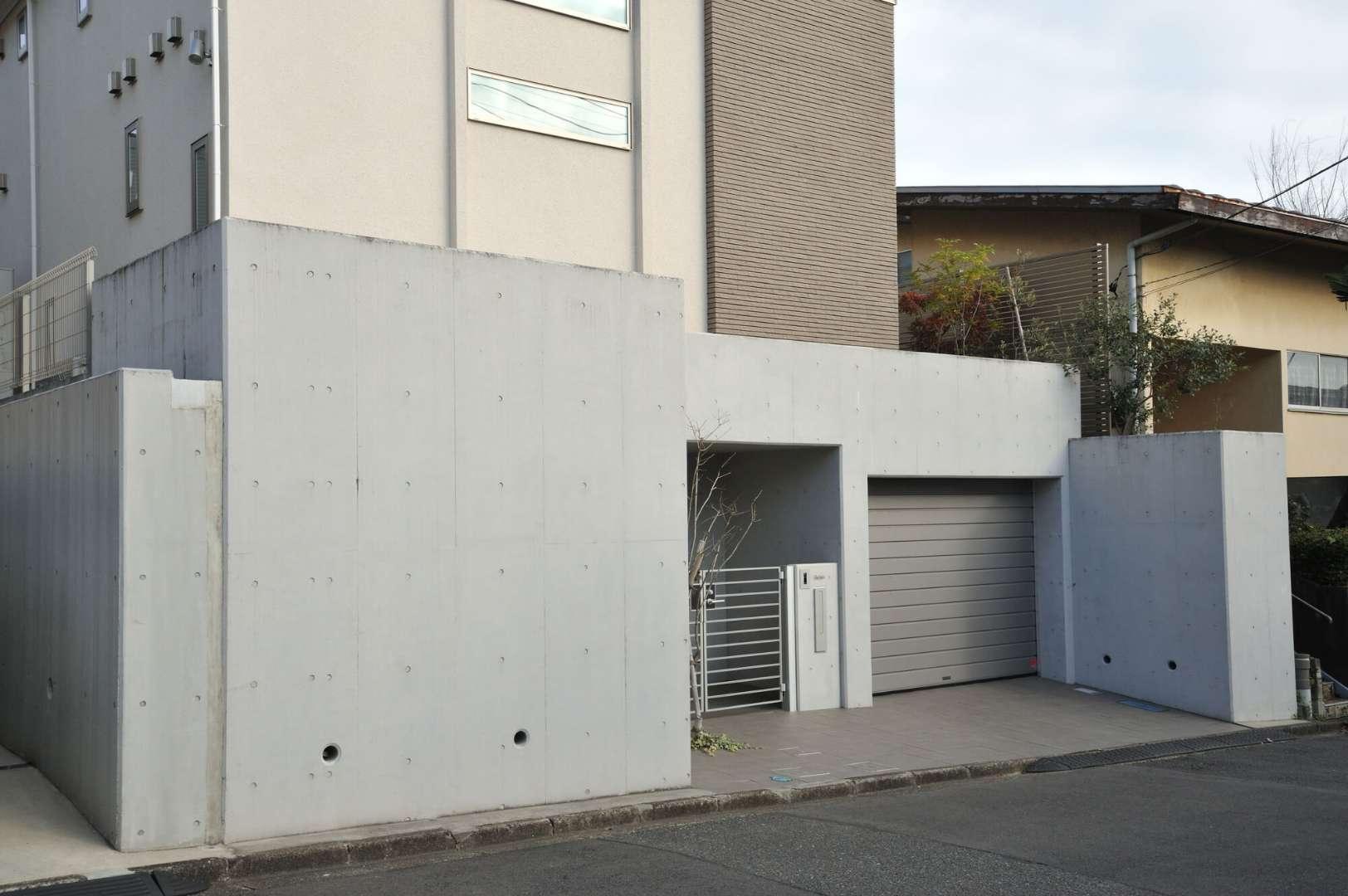 エクステリアデザインで プライバシーを守りながら魅力的な佇まいに カーポートやウッドデッキ等の外構エクステリア工事は 茨城県水戸市に拠点を構える中郡工業へ