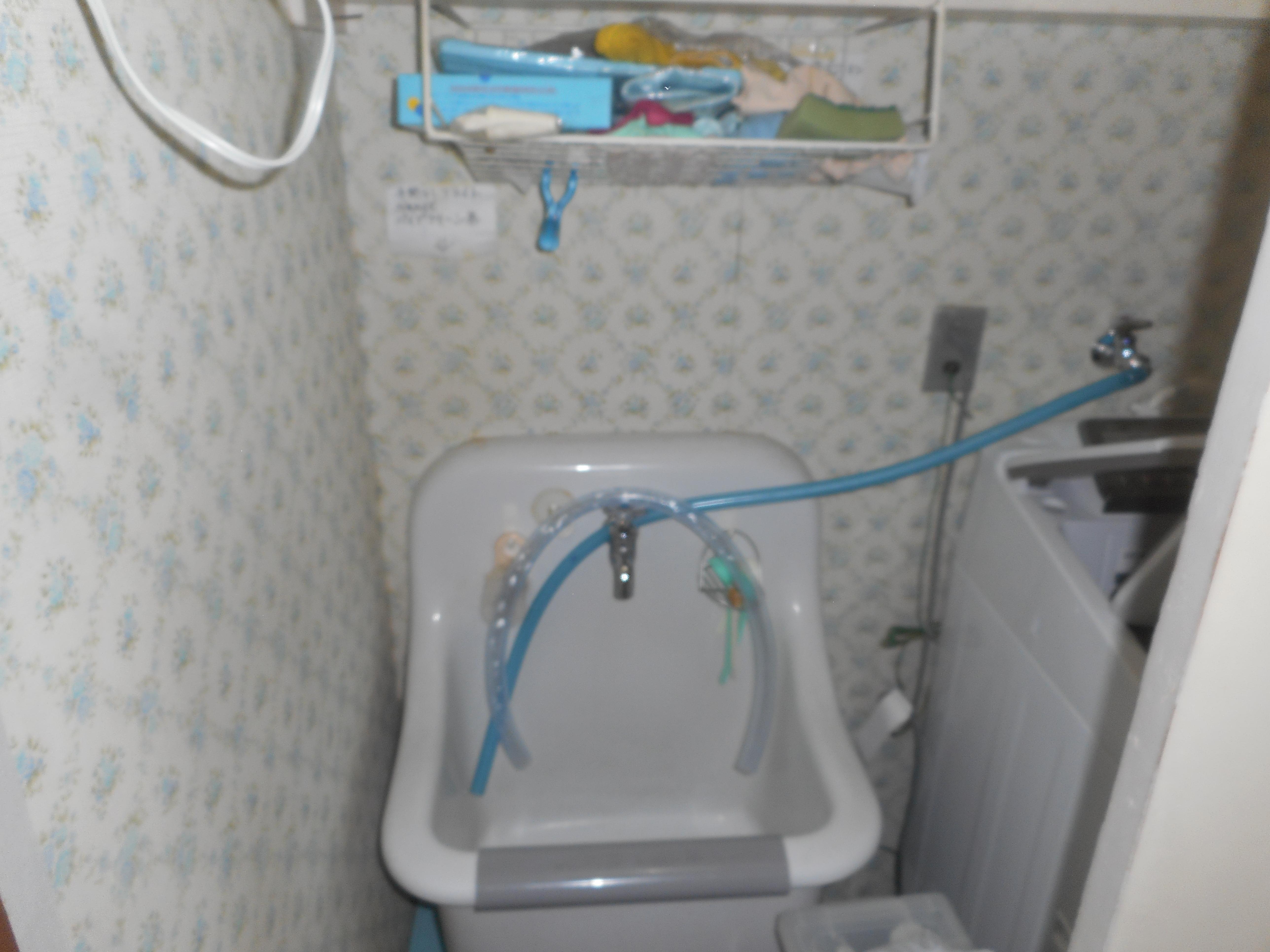 洗濯機の水栓から水漏れ