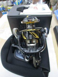 王道リール!シマノ「19ステラSW 8000PG」新古品で入荷です。