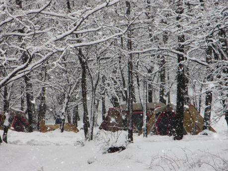 マキノ高原キャンプ場でのスノーキャンプの写真