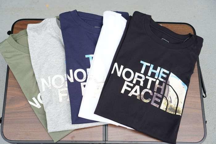 ザ・ノースフェイスのT-シャツの写真