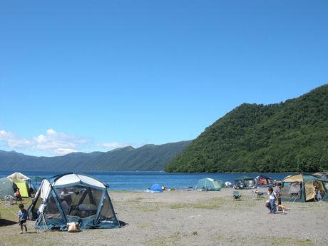 場 キャンプ 支笏 湖