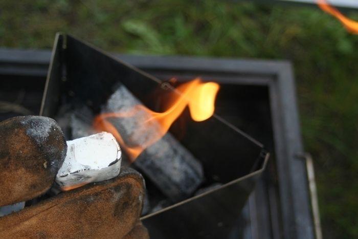 燃える着火剤