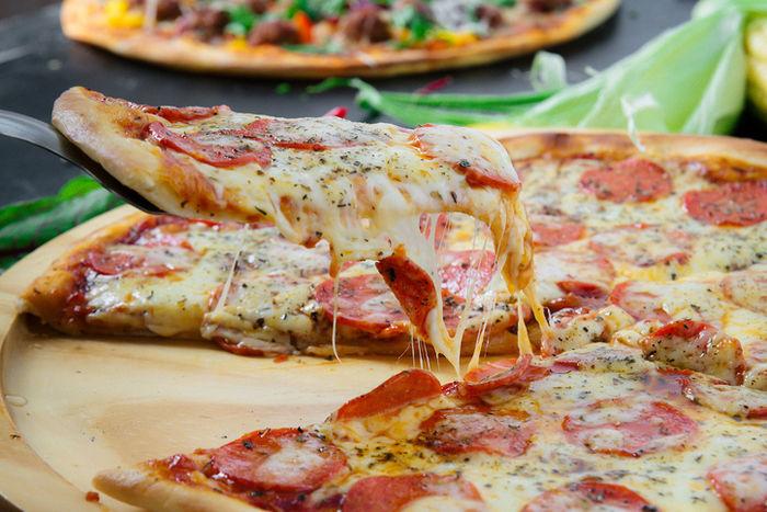 ピザ釜で作ったピザ