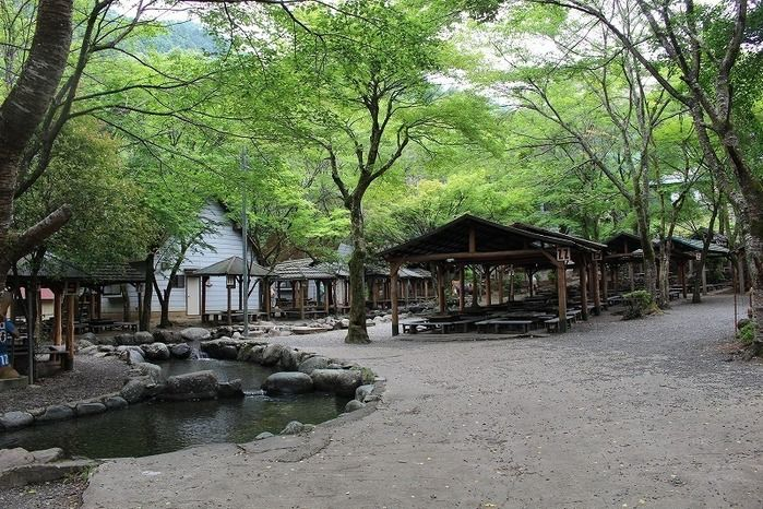 清川リバーランドのバーベキュー場の写真