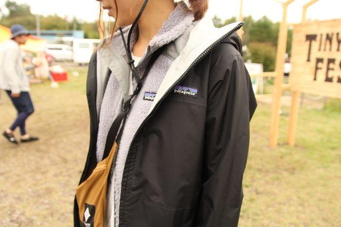 パタゴニアのジャケットとベストを合わせたコーデ