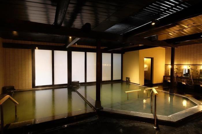 箱根高原温泉の室内温泉の写真