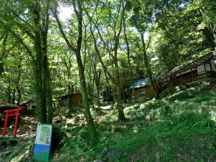 中山キャンプ場の鳥居の写真