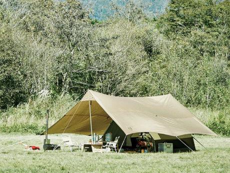 秋キャンプ向きのブラウンギア