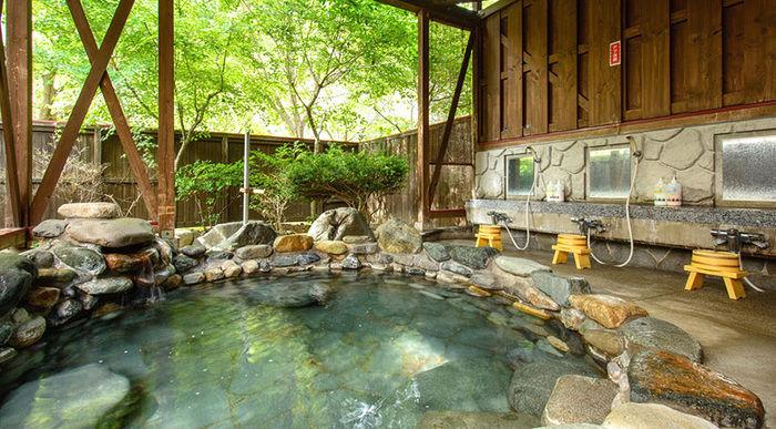 湯島オートキャンプ場の温泉の様子