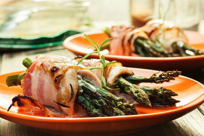 野菜のベーコン巻きの写真