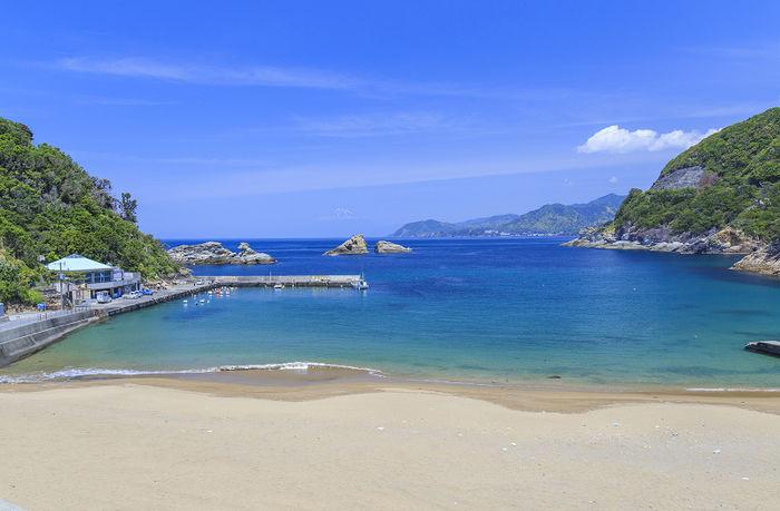 綺麗な海と砂浜の写真