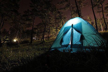 ライトで光るテント