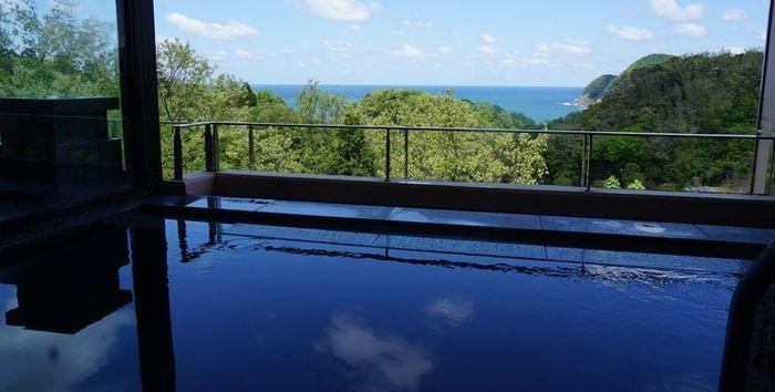 休暇村竹野海岸の温泉、漁火の湯