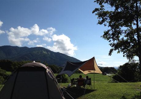休暇村蒜山高原のキャンプ風景