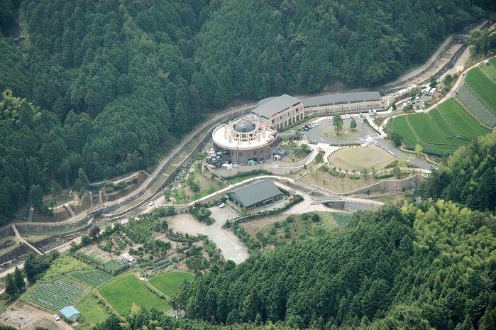 牛滝温泉いよやかの郷の上空写真