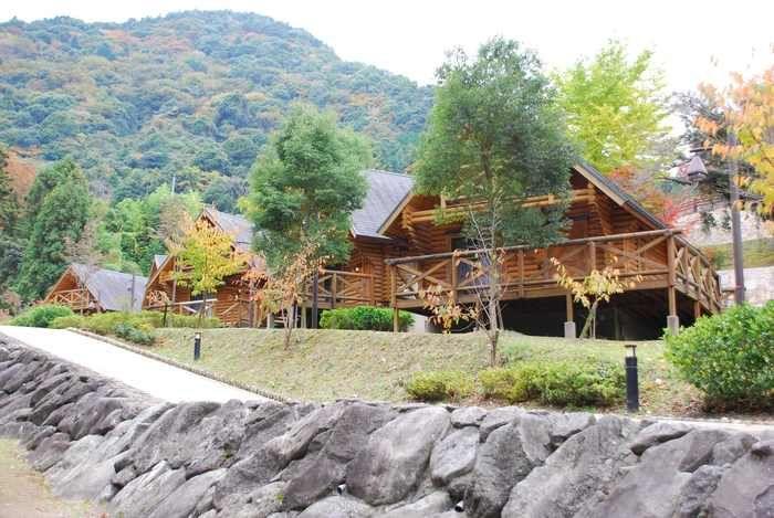 牛滝温泉いよやかの郷のコテージの写真