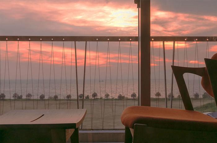 ホテルから見える夕焼け