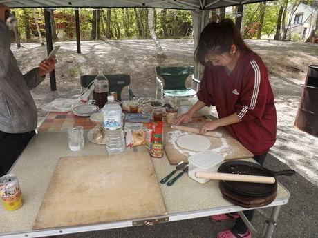 清里中央オートキャンプ場の調理台の写真