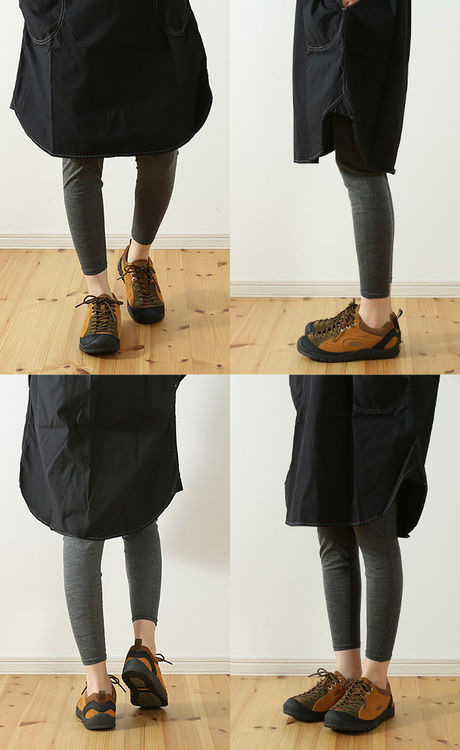 keenのジャスパーを履い女性のコーデの写真