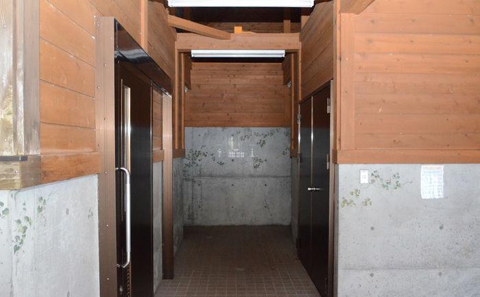早川町オートキャンプ場のトイレの写真