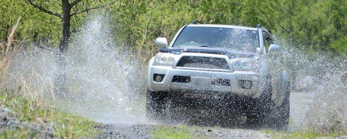 早川町オートキャンプ場の車で走れるオフロードコースの写真