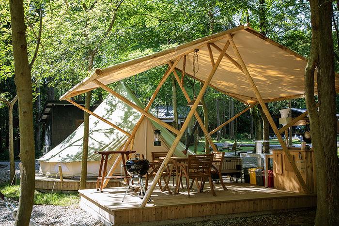東京クラシックキャンプのタープテントの写真