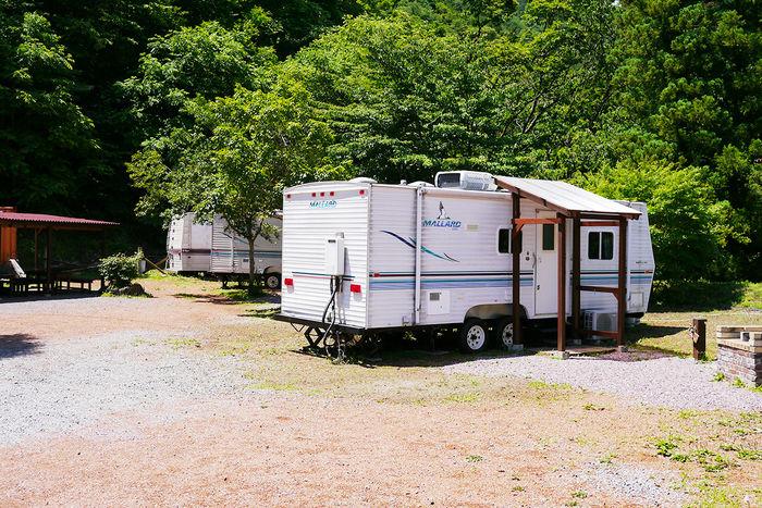 満願ビレッジオートキャンプ場のトレーラーハウス