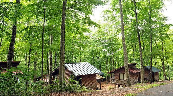八東ふる里の森のコテージ
