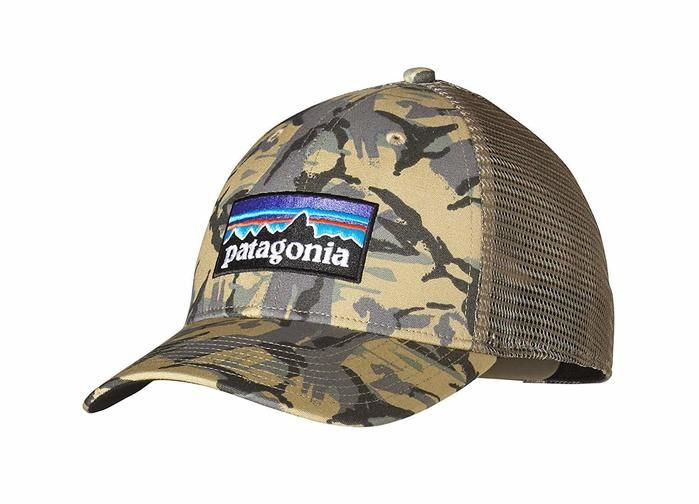 パタゴニアの迷彩柄のキャップ