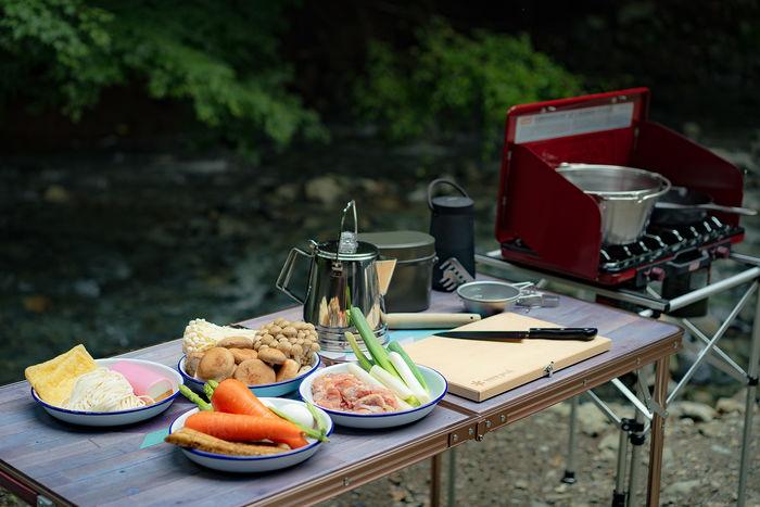 キャンプ内のキッチン