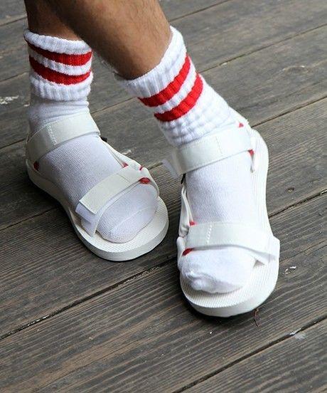 teva サンダル 靴下
