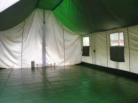 駒ヶ根キャンプセンターの常設テント