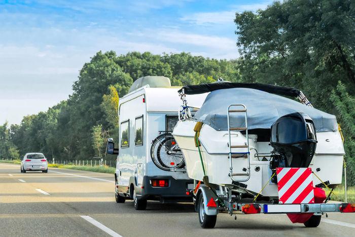 RV車 アウトドア キャンプ