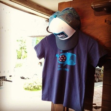 パタゴニアのTシャツとキャップ