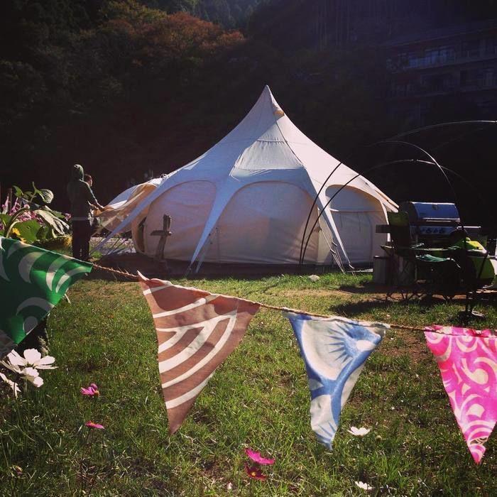 グランピングのテント