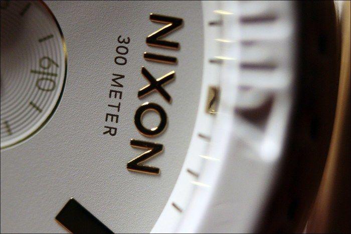 ニクソン アウトドア 時計