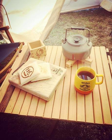 ホットサンドの朝食