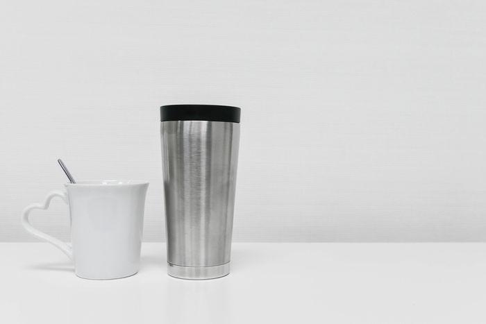 スレンレスタンブラーとマグカップ