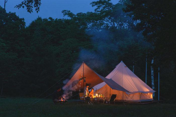 戸隠キャンプ場の特別テントサイトの様子