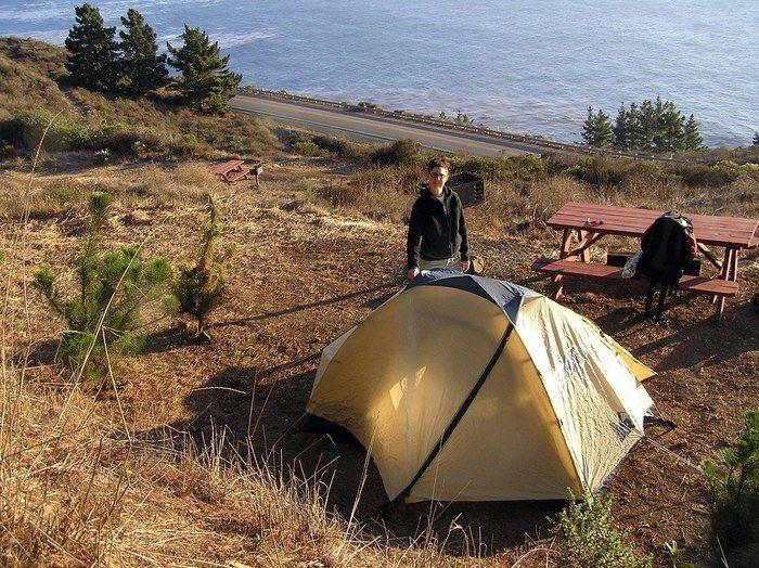 テントとパーカー
